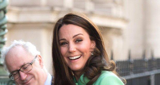 Vévodkyně Kate je v osmém měsíci těhotenství.
