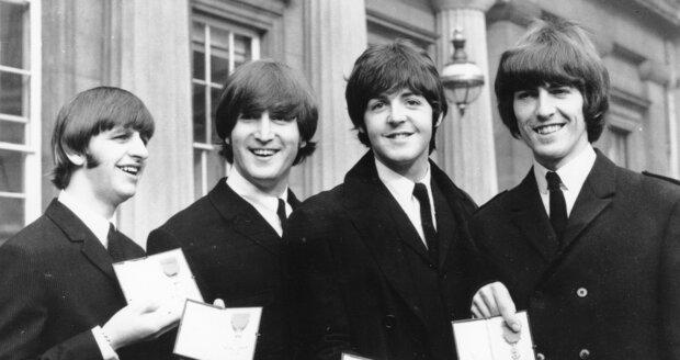 Beatles s oceněním.