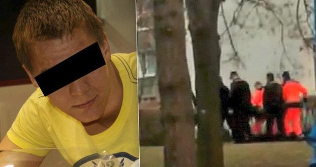 Podle svědkyně trenér bezvládného muže střelil z bezprostřední blízkosti