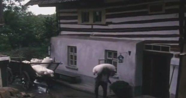 Starý Máchal ve svém pohádkovém mlýně
