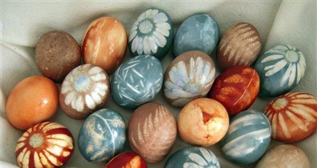 Přírodní barvení vajec