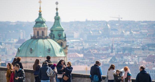 Nad Prahou se koncem týdne ukáže slunce.