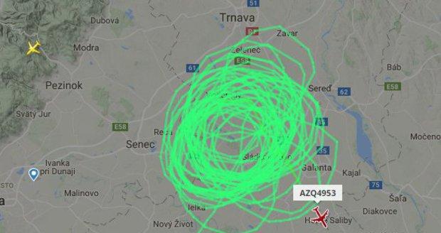 Drama nad Bratislavou: Poškozené letadlo hodiny kroužilo nad městem, nemohlo nouzově přistát