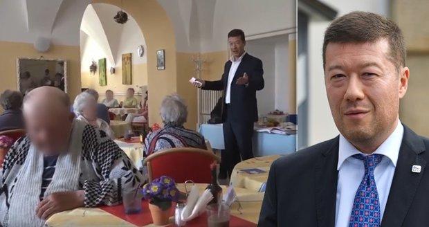 Senioři čelí invazi politiků, Okamura přijel do domova důchodců. Je to nemorální?