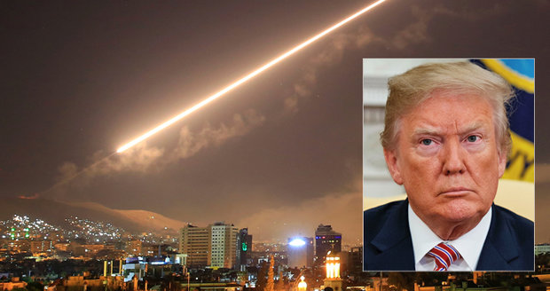 """Trump chtěl poslat rakety i na ruské základny. """"Povede to k válce,"""" odrazoval ho tým"""