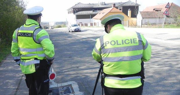 """Policie chystá obří """"zátah"""" na řidiče: Víme, kde budou dopraváci měřit rychlost"""