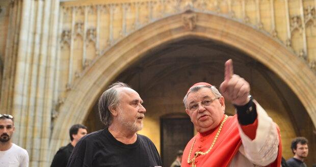 Pražský arcibiskup Dominik Duka před slavnostním odhalení sousoší sv. Vojtěcha