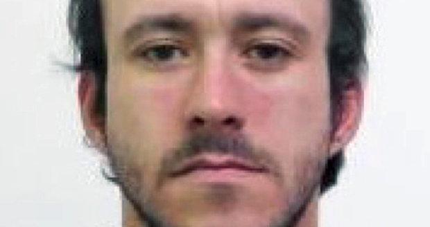 Policie hledá uprchlého vězně: Utekl v montérkách a bílém triku