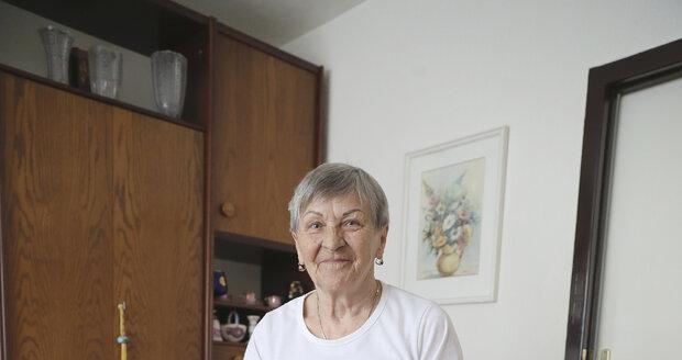 Díky Ombudsmanovi Blesku nemusí paní Stanošková za žárovky platit.