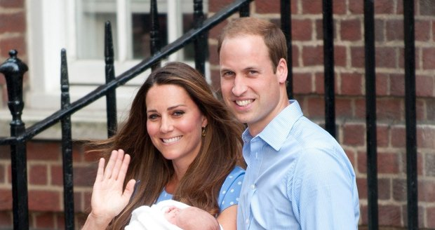 Kate s Williamem s prvním dítětem Georgem.