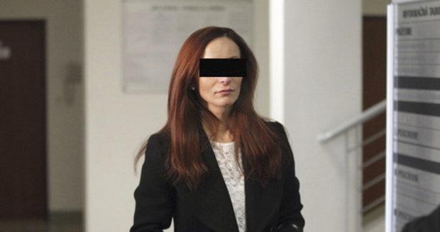 Najala si vraha na svého manžela? Slovenský soud osvobození Češky Evy zrušil