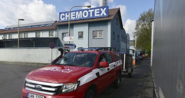 V Děčíně zabil člověka únik jedovatého fenolu. Dvě ženy skončily na JIPce
