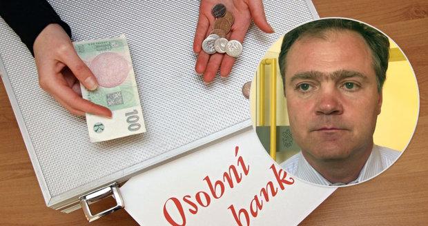 Bankrotují hlavně Češky do čtyřicítky s dluhy na domácnost, odhalil expert