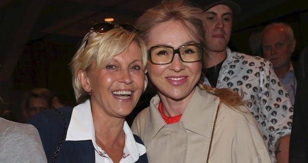 Kateřina Kaira Hrachovcová a Miluše Šplechtová