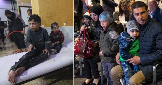 """""""Žádná chemikálie, nadýchali se z prachu,"""" tvrdí Rusko a ukázalo """"nezraněné"""" Syřany"""