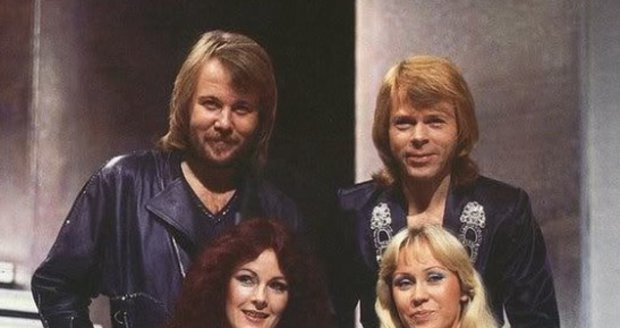 Legendární skupina ABBA je zpět.