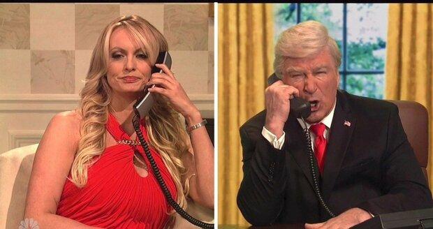 """Pornoherečka, která spala s Trumpem: Žhavý telefonát s """"prezidentem"""""""