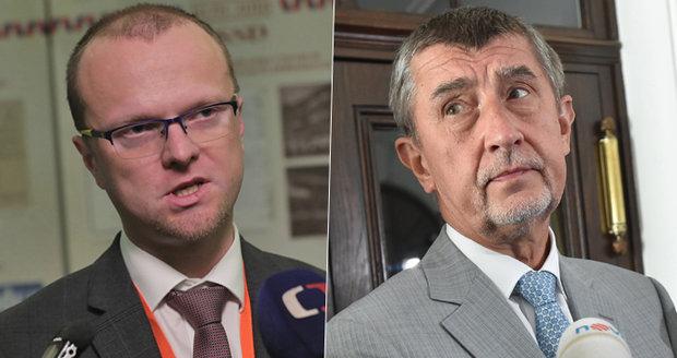 """""""Nechceme dělat šašky,"""" říká Netolický z ČSSD. S Babišem sjednali křesla i prohlášení"""