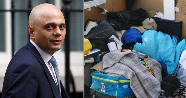 Deportace za spaní na ulici? Britské úřady musí dát migrantům odškodné