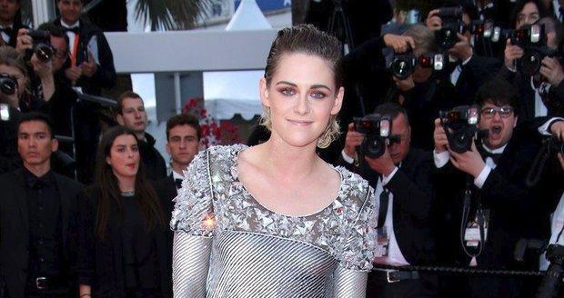 Kristen Stewart v Cannes