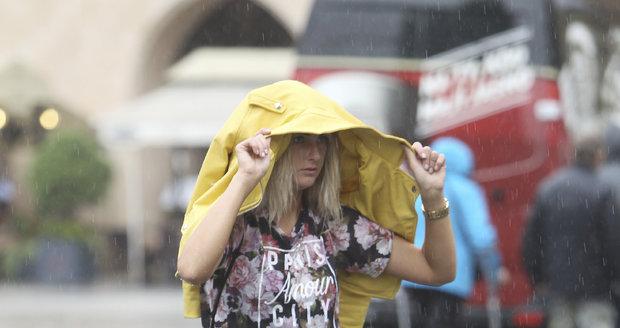 Ve středu mějte po ruce deštník.