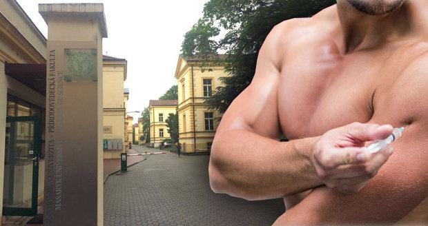 Student si na fakultě Masarykovy univerzity v Brně přivydělával rozborem steroidů.