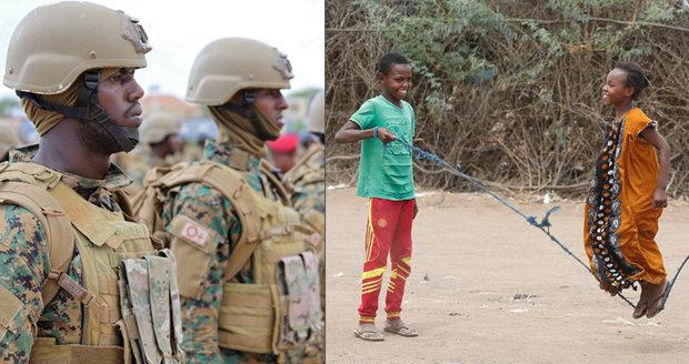 Zneužil holčičku ve třídě před jejími bratry. V Somálsku nejvíce znásilňují vojáci a učitelé