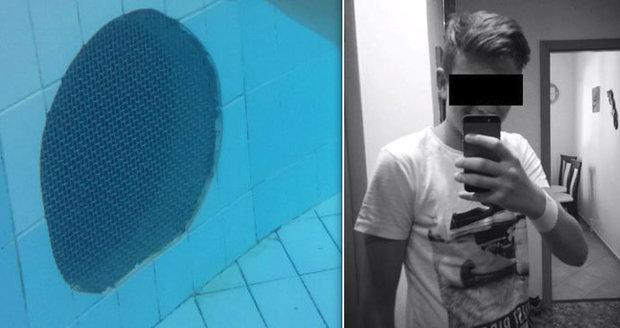 Adam (†14) se utopil v libereckém bazénu: Plavčíkovi hrozí 6 let!