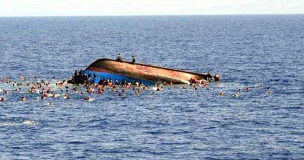 Cesta do školy se změnila v peklo: Na Nilu se potopila loď, 20 dětí nepřežilo