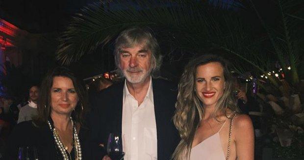 Dominika s tátou Vladimírem Kratinou a maminkou