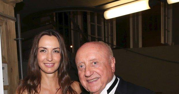 Felix Slováček s přítelkyní Lucií Gelemovou