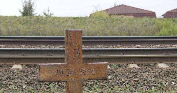 Takhle vypadal pomník Ivety Bartošové dřív