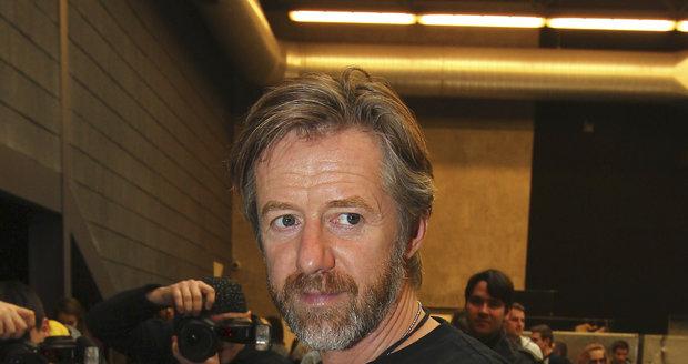 Langmajer zahrál ředitele věrohodně.