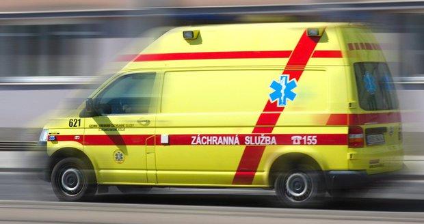 Záchranáři spěchali do FN Brno, aby zachránili muže, který se topil v jímce. (Ilustrační foto)