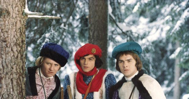 Tři oříšky pro Popelku - princ se svými pobočníky Kamilem a Vítkem
