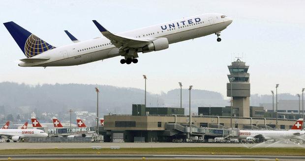 United Airlines plánují od června zřídit nové přímé letecké spojení mezi Prahou a New Jersey. (ilustrační foto)