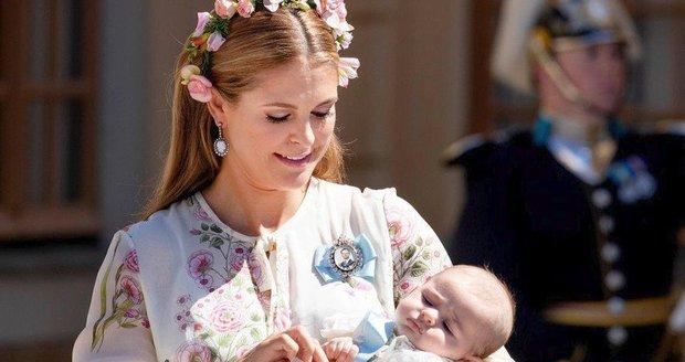 Křtiny princezny Adrienne: Leonore se držela máminy sukně