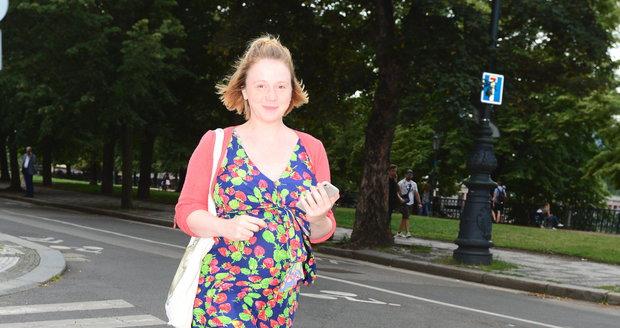 Těhotná a nenalíčená Marie Doležalová