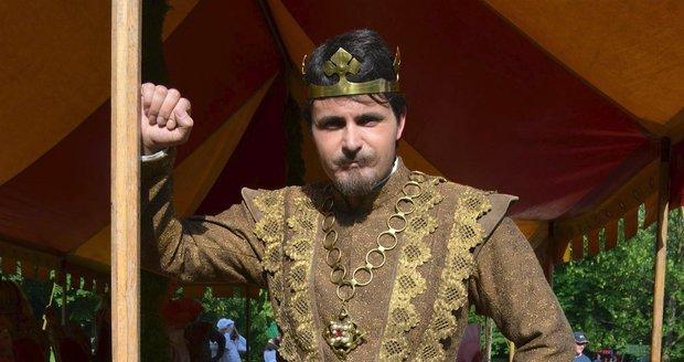 Miroslav Šimůnek jako král Tadeáš
