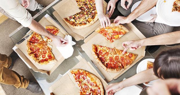 Dvacet procent českých žen trpí obezitou, dalších třicet má nadváhu! Co za to může?
