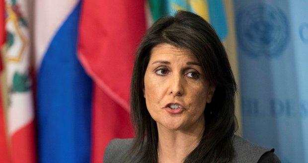 """Američané končí v Radě OSN pro lidská práva. """"Pokrytecké těleso,"""" dupli si"""