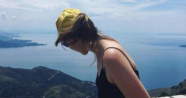 Herečka Jenovéfa Boková na dovolené na Korfu