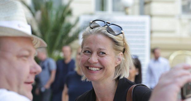 Trine Dyrholm na zahájení KVIFF 2018.