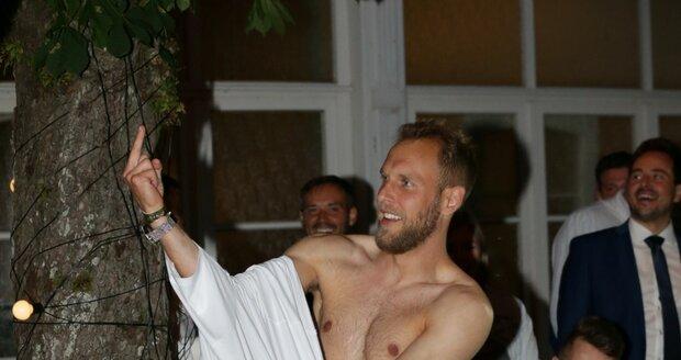 Daniel Kolář se svlékl na přehlídce Debbie Brown