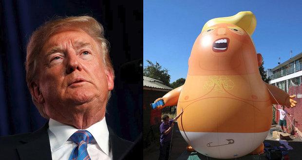 """Nad Londýnem vzlétne """"Miminko Trump"""". A Mayová na venkově pohostí i Melanii"""