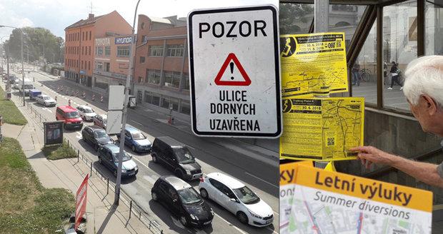 Totální chaos v Brně: Rozkopali, co mohli, zrušili tramvaje a autobusy i auta stojí v kolonách