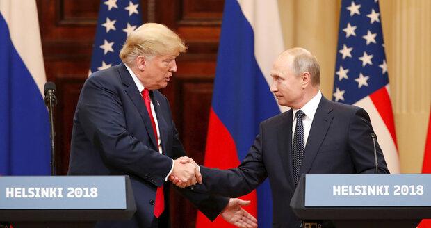 Putin řekl, co ví o sexuálních eskapádách Trumpa. Kauze kolem voleb se vysmál