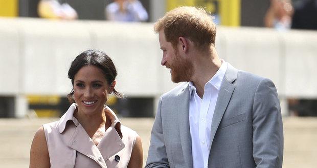 Princ Harry a vévodkyně Meghan zahajovali výstavu.