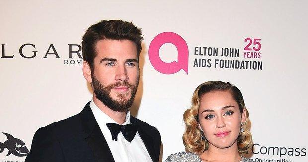 Kdo teď chodí s Miley Cyrus