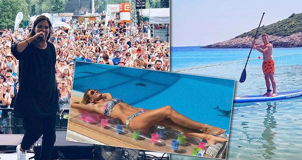 Jak hvězdy tráví víkend? Lucca se vyvaluje u bazénu, Onder sportuje!